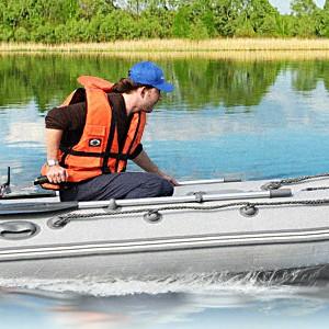 Опять они родные, резиновые лодки